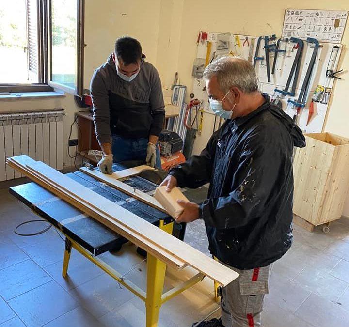 Laboratorio di falegnameria al Borgo Sociale